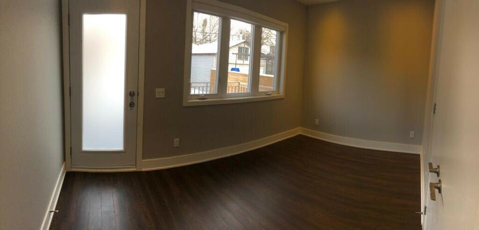 2 bedroom for rent st Clair and old Weston