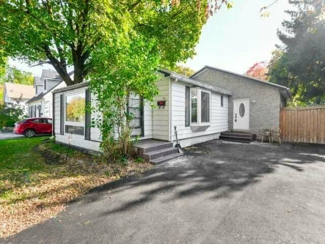 Fantastic Investment Opportunity! Detached 3+1 Bed Bungalow