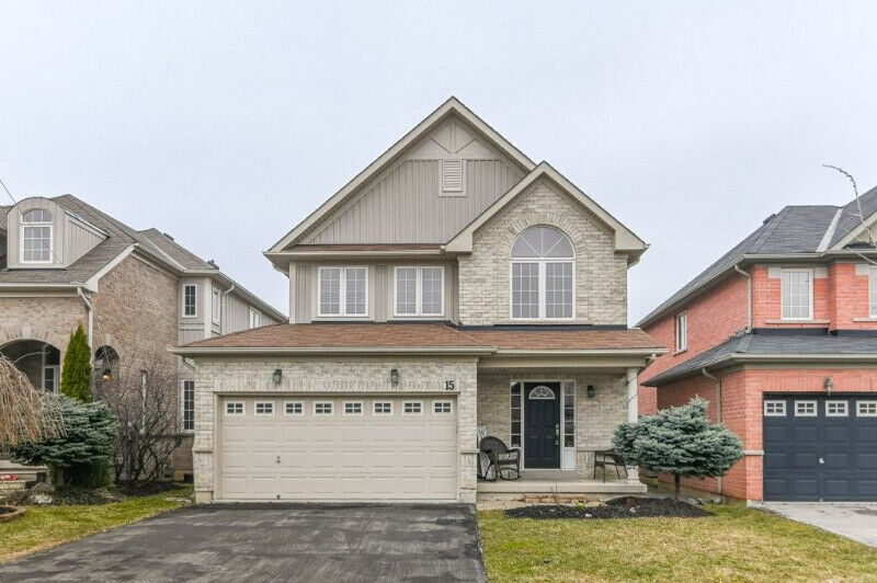AFFORDABLE 2 STOREY BRICK HOME IN BRANTFORD