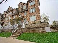 Wonderful Townhouse In The Heart Of Scarborough At Warden Ave, Scarborough, Ca
