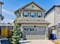 Beautiful And Bright 3 Bedroom, 2.5 Bath House In Sage Hill, Calgary, Ca