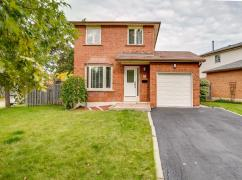 Move-In-Ready, Detached Home In Oakville, Oakville, Ca