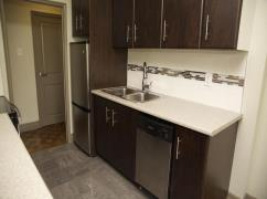 3905 Bathurst Street - Bachelor Apartment For Rent-3;, Toronto, Ca