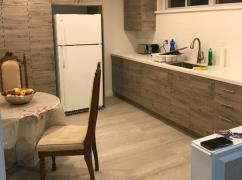 Two Bedrooms Walk-Out Suite., Toronto, Ca