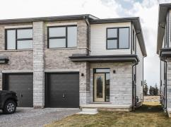 Semi Detached House For Sale - St. Catharines, Toronto, Ca