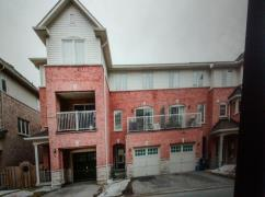Town House For Rent, Ajax, Ca