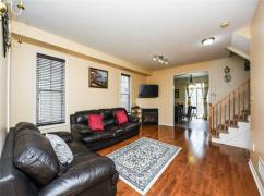 Semi-Detached On A Great Location With Quiet And Safe Neighbour, Mississauga, Ca