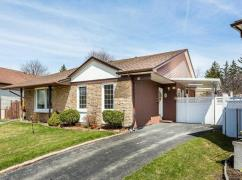 Adorable, Immaculate, Semi-Detached On A Quiet Street, Mississauga, Ca