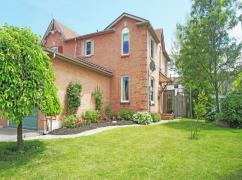 Townhouse House For Sale, Oshawa, Ca