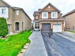 Gorgeous 3+1 Bedrooms & 4 Washrooms Set On Sale, Mississauga, Ca