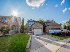 Detached 3 Bedroom 2 Bath House For Sale At Heart Of Ajax!, Oshawa, Ca