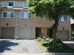 Townhouse In Dundas, 26 Moss Blvd Unit 77, Hamilton, Ca