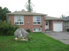 A POWER OF SALE/BANK SALE! 3 BED HOUSE! 2 BED BASEMENT APARTMENT-113;